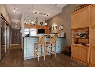 "Photo 7: # 104 131 W 3RD ST in North Vancouver: Lower Lonsdale Condo for sale in ""Seascape"" : MLS®# V1024848"