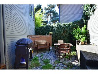 "Photo 10: 407 PRIOR ST in Vancouver: Mount Pleasant VE House 1/2 Duplex for sale in ""STRATHCONA"" (Vancouver East)  : MLS®# V1026978"