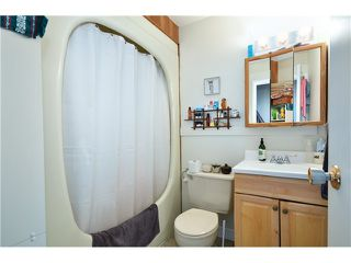 "Photo 8: 407 PRIOR ST in Vancouver: Mount Pleasant VE House 1/2 Duplex for sale in ""STRATHCONA"" (Vancouver East)  : MLS®# V1026978"