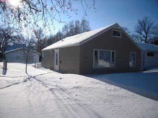 Photo 1: 130 Oakwood Avenue in Winnipeg: Riverview Residential for sale (South Winnipeg)  : MLS®# 1402301