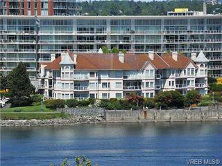Photo 1: 102 55 Songhees Rd in VICTORIA: VW Songhees Condo for sale (Victoria West)  : MLS®# 677615