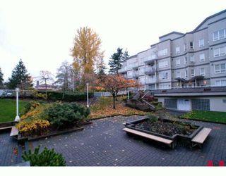 Photo 7: 309 14377 103RD Avenue in SURREY: Whalley Condo for sale (Surrey)  : MLS®# F2925534