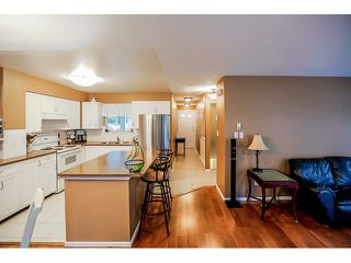 Photo 6: #18-9036 208th Street in Langley: Walnut Grove Townhouse for sale : MLS®# F1431387