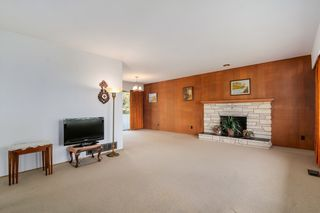 Photo 5: 6905 HYCREST DRIVE in Burnaby: Montecito House for sale (Burnaby North)  : MLS®# R2058508