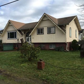 Photo 2: 1454 MAPLE STREET: White Rock Residential Detached for sale (South Surrey White Rock)  : MLS®# R2034690