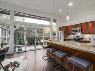 Photo 4: 2863 W 6TH AVENUE in Vancouver: Kitsilano House 1/2 Duplex for sale (Vancouver West)  : MLS®# R2138450