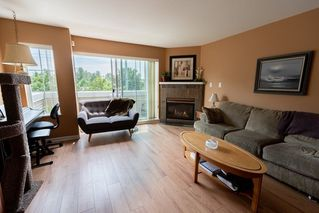 Photo 2: 9 1383 BRUNETTE AVENUE in Coquitlam: Maillardville Townhouse for sale : MLS®# R2281568
