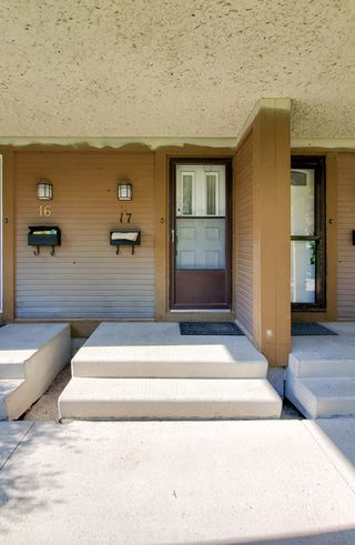 Photo 3: 17 595 Adsum Drive in Winnipeg: Townhouse for sale (4H)  : MLS®# 1914249