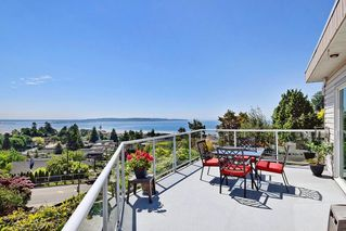 Photo 15: 15585 PACIFIC AVENUE: White Rock House for sale (South Surrey White Rock)  : MLS®# R2370095
