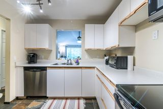 """Photo 11: 316 6820 RUMBLE Street in Burnaby: South Slope Condo for sale in """"GOVERNOR'S WALK"""" (Burnaby South)  : MLS®# R2388037"""