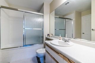 """Photo 15: 316 6820 RUMBLE Street in Burnaby: South Slope Condo for sale in """"GOVERNOR'S WALK"""" (Burnaby South)  : MLS®# R2388037"""