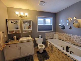 Photo 14: 554 Twin Brooks Bay in Edmonton: Zone 16 House for sale : MLS®# E4174613