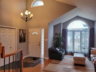 Photo 3: 554 Twin Brooks Bay in Edmonton: Zone 16 House for sale : MLS®# E4174613