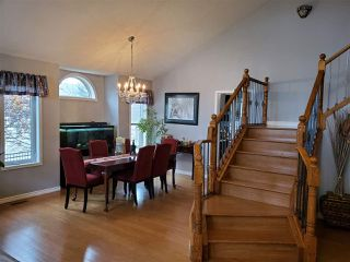 Photo 4: 554 Twin Brooks Bay in Edmonton: Zone 16 House for sale : MLS®# E4174613