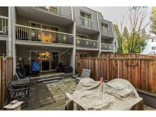 """Photo 18: 15 33293 E BOURQUIN Crescent in Abbotsford: Central Abbotsford Townhouse for sale in """"Brighton Court"""" : MLS®# R2432504"""