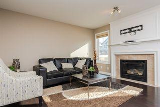 Photo 2: 3355 18B Avenue in Edmonton: Zone 30 House for sale : MLS®# E4189133