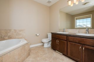 Photo 18: 3355 18B Avenue in Edmonton: Zone 30 House for sale : MLS®# E4189133