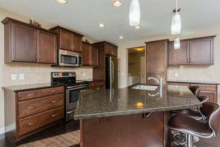Photo 3: 3355 18B Avenue in Edmonton: Zone 30 House for sale : MLS®# E4189133