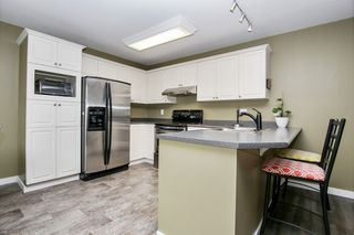 """Photo 7: 12 45932 LEWIS Avenue in Chilliwack: Chilliwack N Yale-Well Townhouse for sale in """"Orchard Lane"""" : MLS®# R2459187"""