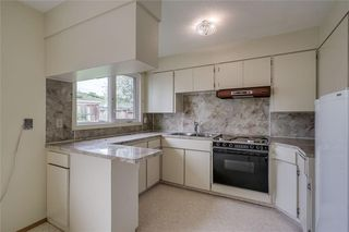 Photo 7: 340 HUNTERBROOK Place NW in Calgary: Huntington Hills Detached for sale : MLS®# C4300148