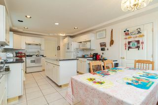 Photo 6: 3528 MOSCROP Street in Vancouver: Collingwood VE House for sale (Vancouver East)  : MLS®# R2467135