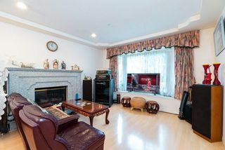 Photo 2: 3528 MOSCROP Street in Vancouver: Collingwood VE House for sale (Vancouver East)  : MLS®# R2467135