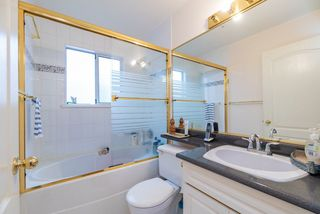 Photo 5: 3528 MOSCROP Street in Vancouver: Collingwood VE House for sale (Vancouver East)  : MLS®# R2467135
