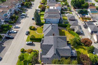 """Photo 25: 95 N GLYNDE Avenue in Burnaby: Capitol Hill BN House for sale in """"Capitol Hill"""" (Burnaby North)  : MLS®# R2489986"""