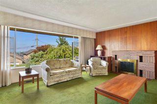 """Photo 8: 95 N GLYNDE Avenue in Burnaby: Capitol Hill BN House for sale in """"Capitol Hill"""" (Burnaby North)  : MLS®# R2489986"""