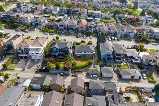 """Photo 29: 95 N GLYNDE Avenue in Burnaby: Capitol Hill BN House for sale in """"Capitol Hill"""" (Burnaby North)  : MLS®# R2489986"""