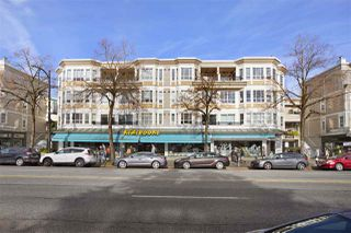 "Photo 1: 304 2545 W BROADWAY in Vancouver: Kitsilano Condo for sale in ""Trafalgar Mews"" (Vancouver West)  : MLS®# R2522107"