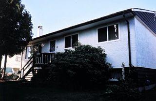 Photo 1: 13439 64A Avenue, Surrey: House for sale (West Newton)