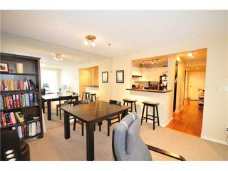 Photo 2: 1 1038 W 7TH Avenue in Vancouver: Fairview VW Condo for sale (Vancouver West)  : MLS®# V927272