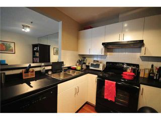 Photo 4: 1 1038 W 7TH Avenue in Vancouver: Fairview VW Condo for sale (Vancouver West)  : MLS®# V927272