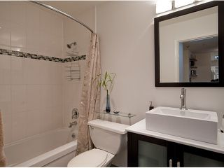 Photo 9: 404 1950 E 11TH Avenue in Vancouver: Grandview VE Condo for sale (Vancouver East)  : MLS®# V864541