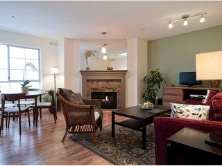 Photo 3: 404 1950 E 11TH Avenue in Vancouver: Grandview VE Condo for sale (Vancouver East)  : MLS®# V864541