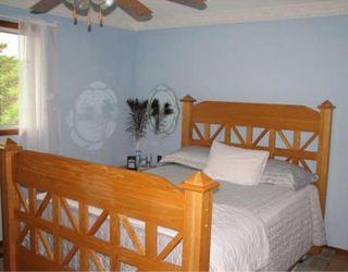 Photo 9: Gorgeous 3 Bedroom Home
