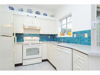 """Photo 6: 620 W 26TH Avenue in Vancouver: Cambie Townhouse for sale in """"GRACE ESTATES"""" (Vancouver West)  : MLS®# V995149"""