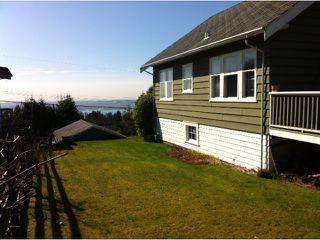Photo 4: 176 E ROCKLAND Road in North Vancouver: Upper Lonsdale House for sale : MLS®# V997988