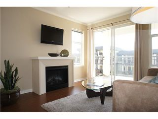 """Photo 4: 318 4833 BRENTWOOD Drive in Burnaby: Brentwood Park Condo for sale in """"MACDONALD HOUSE"""" (Burnaby North)  : MLS®# V1004894"""