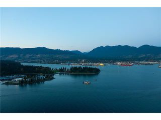 """Photo 1: 3803 1077 W CORDOVA Street in Vancouver: Coal Harbour Condo for sale in """"SHAW TOWER -  COAL HARBOUR"""" (Vancouver West)  : MLS®# V1006517"""