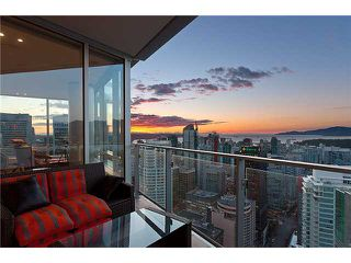 """Photo 3: 3803 1077 W CORDOVA Street in Vancouver: Coal Harbour Condo for sale in """"SHAW TOWER -  COAL HARBOUR"""" (Vancouver West)  : MLS®# V1006517"""