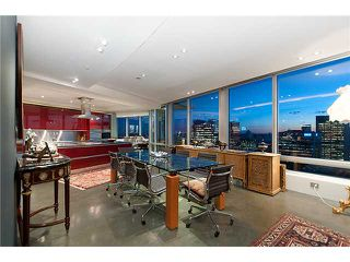 """Photo 7: 3803 1077 W CORDOVA Street in Vancouver: Coal Harbour Condo for sale in """"SHAW TOWER -  COAL HARBOUR"""" (Vancouver West)  : MLS®# V1006517"""