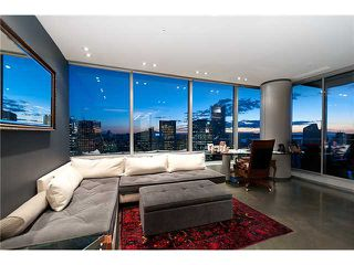 """Photo 9: 3803 1077 W CORDOVA Street in Vancouver: Coal Harbour Condo for sale in """"SHAW TOWER -  COAL HARBOUR"""" (Vancouver West)  : MLS®# V1006517"""