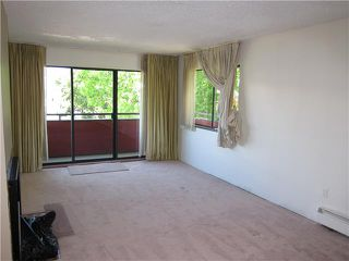 Photo 2: 305 2935 SPRUCE Street in Vancouver: Fairview VW Condo for sale (Vancouver West)  : MLS®# V1019963