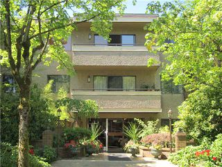 Photo 1: 305 2935 SPRUCE Street in Vancouver: Fairview VW Condo for sale (Vancouver West)  : MLS®# V1019963