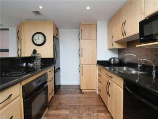 Photo 17: 393 King St E Unit #210 in Toronto: Moss Park Condo for sale (Toronto C08)  : MLS®# C3223001