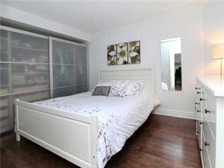 Photo 5: 393 King St E Unit #210 in Toronto: Moss Park Condo for sale (Toronto C08)  : MLS®# C3223001