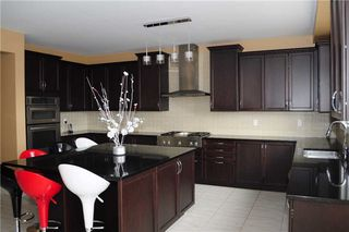 Photo 3: 6 Agincourt Circ in Brampton: Credit Valley Freehold for sale : MLS®# W3437907