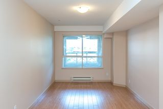 Photo 8: 305 525 AGNES STREET in New Westminster: Downtown NW Condo for sale : MLS®# R2081060
